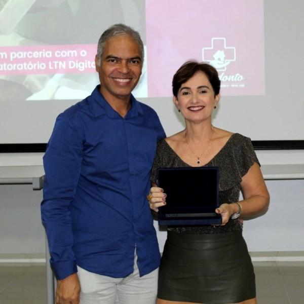 PILARES DA ODONTOLOGIA   CRO-SE homenageia a Dra. Elaci Maria Alcântara Machado Cardoso